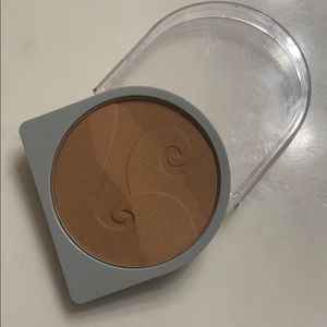 Other - Mary Kay Bronzing Highlighter
